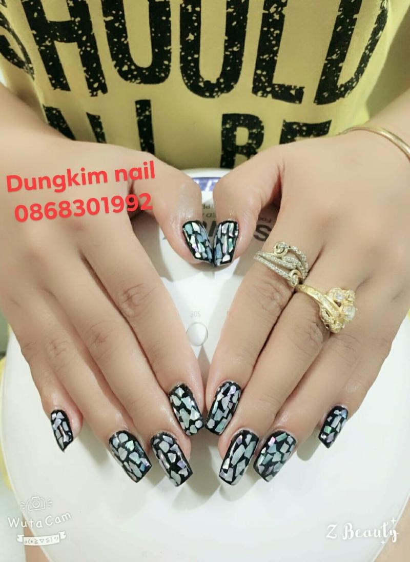 Dung Kim Nail