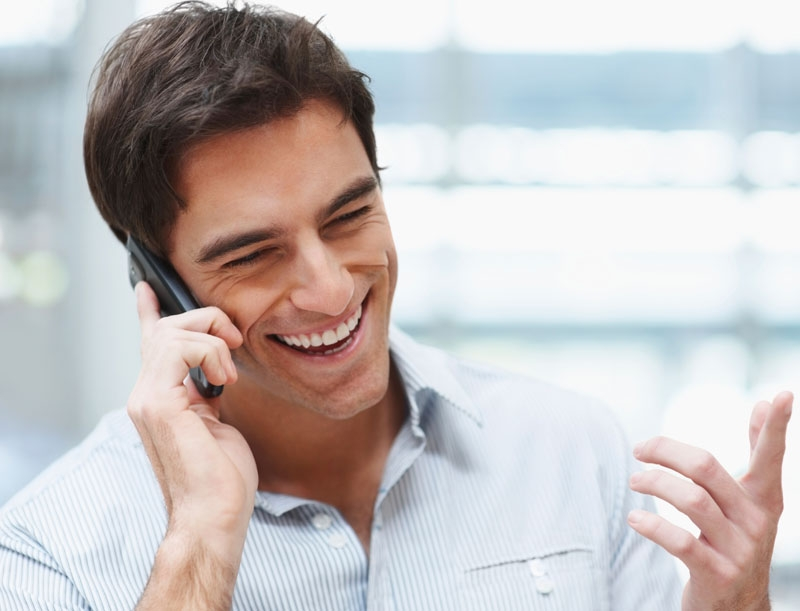 Bạn nên kết hợp các hoạt động trong văn phòng với các vận động nhẹ như là đứng lên hay đi lại khi gọi điện thoại.