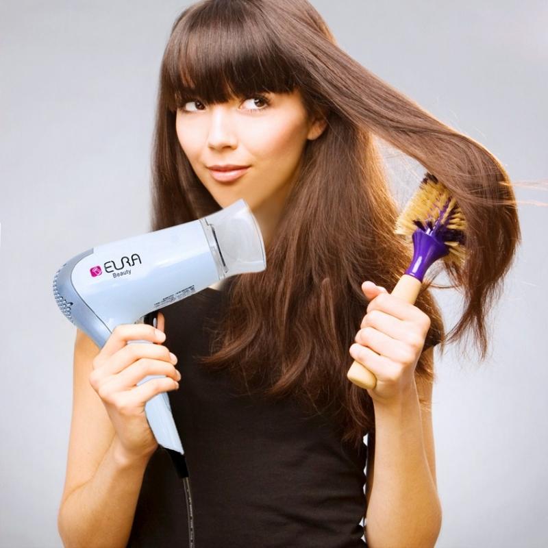 Chải tóc và sấy lại cho tóc bồng bềnh
