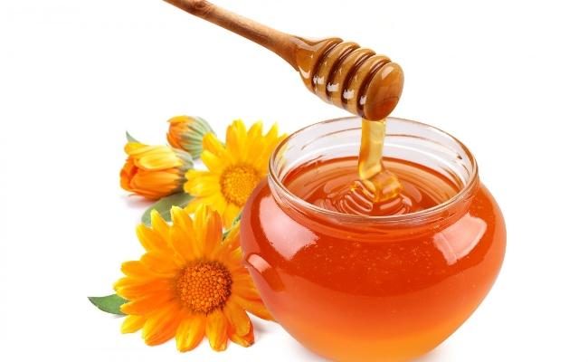 Dùng mật ong