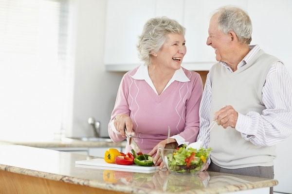 Người cao huyết áp cần có chế độ ăn uống hợp lý