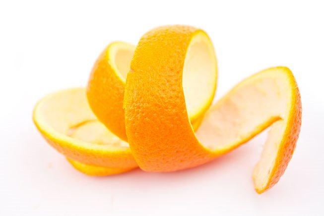Dùng vỏ cam để trị thâm