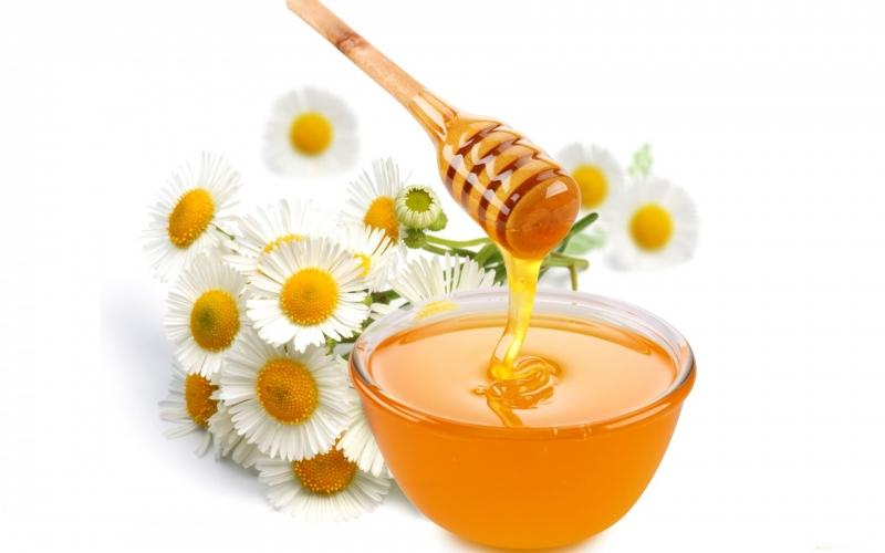 Dưỡng ẩm với mật ong