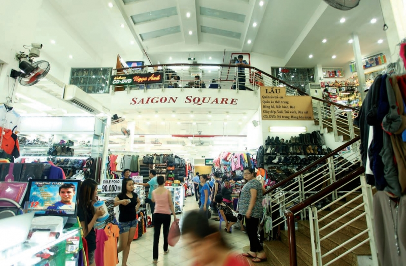 Con đường mua sắm chất nhất Sài Gòn – Cách Mạng Tháng 8