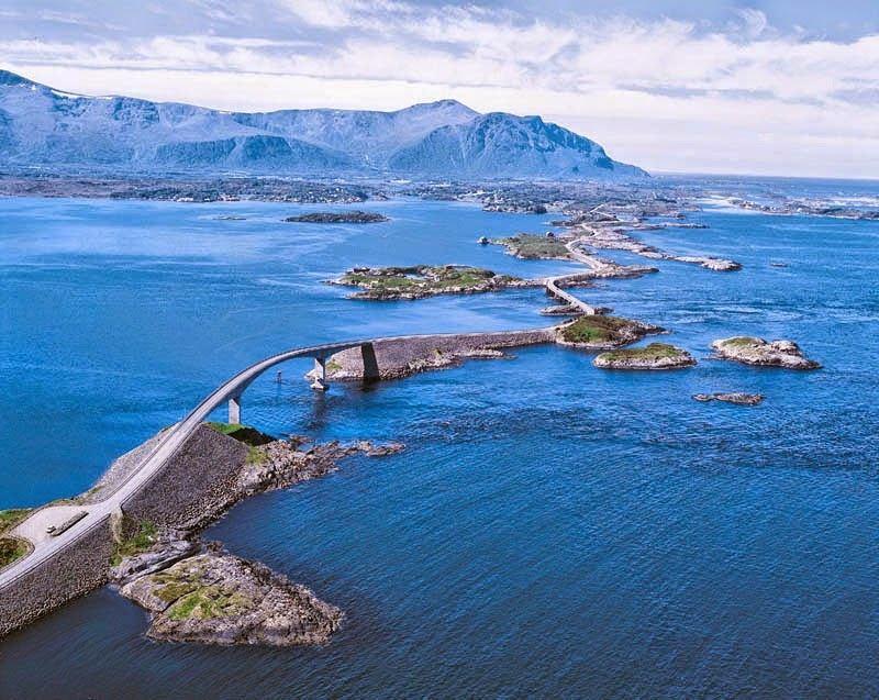 Con đường độc đáo tiếp nối những đảo nhỏ
