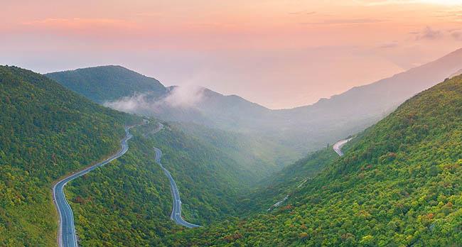 Đường đèo Hải Vân