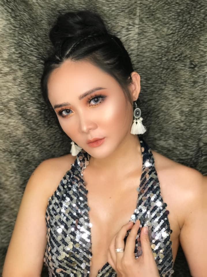 Dương Huệ Makeup