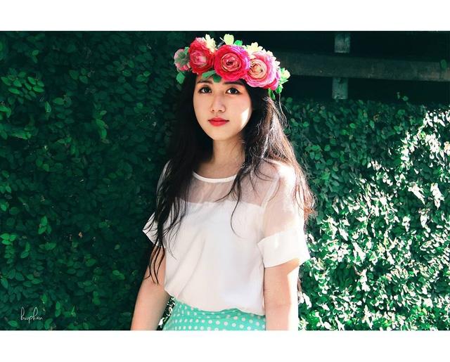 Cô gái Đà Nẵng có nét tương đồng với mỹ nhân Hàn – Lee Yo Won nhất là nụ cười và ánh mắt.
