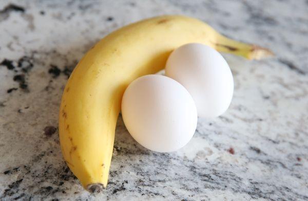 Dưỡng tóc bằng chuối và trứng gà