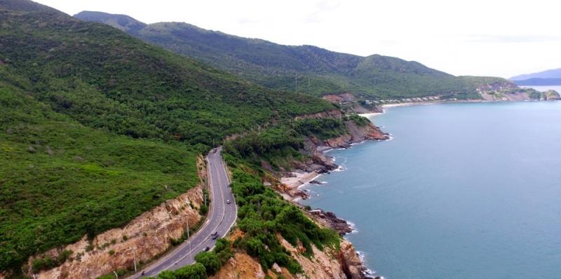 Khung cảnh đẹp tuyệt vời trên con đường Vĩnh Hy