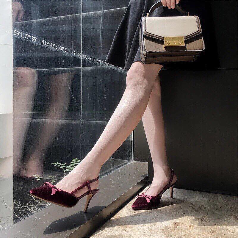 Top 10 địa chỉ mua giày nữ giá rẻ, uy tín nhất tại Hà Nội