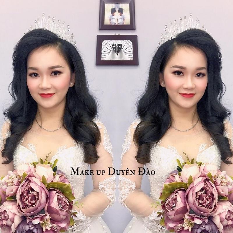 Duyên Đào Make Up