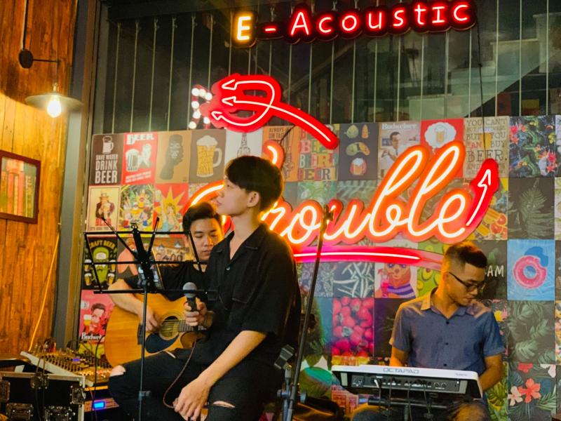 E-Acoustic & E-Z beer Gò Vấp