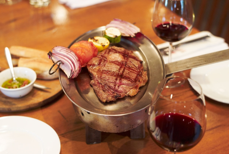 Món thịt nướng Argentina cao cấp chính là đặc sản của nhà hàng