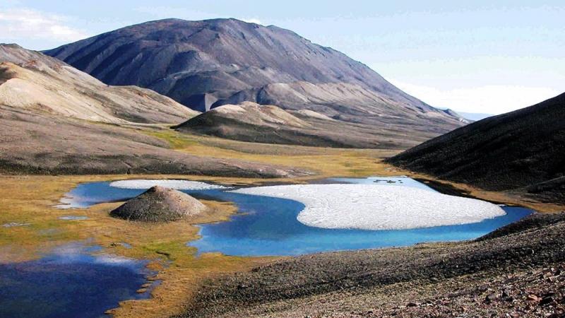 Ellesmere tuy rộng lớn nhưng lại quá lạnh để con người sinh sống.