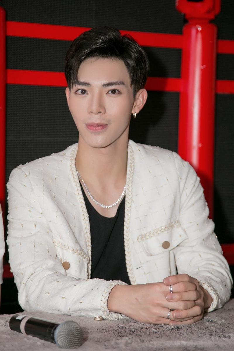 Top 12 nam ca sĩ trẻ nổi tiếng nhất Việt Nam         bây giờ - Toplist.vn