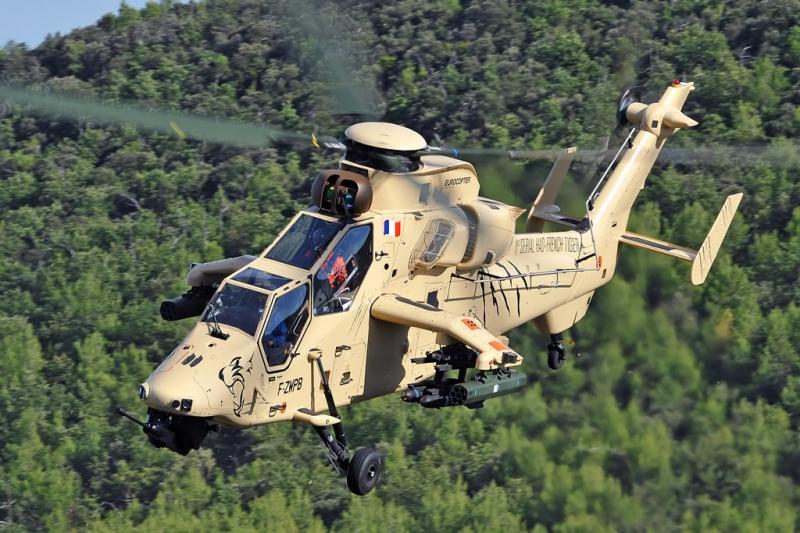 Eurocopter Tiger xếp vị trí thứ 4 trong danh sách những chiếc trực thăng hiện đại nhất thế giới.