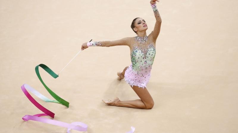 Cô từng là vận động viên nổi tiếng và thành công nhất trong lịch sử nước Nga vào thập kỷ trước