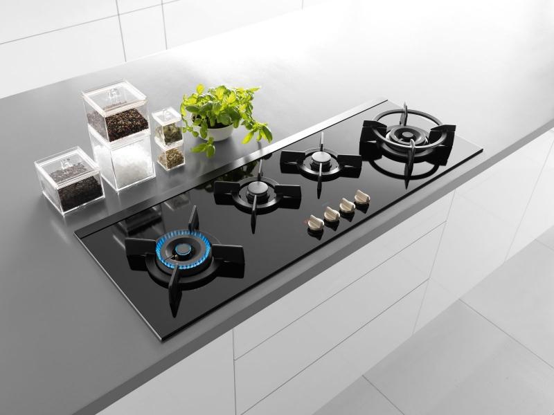 Bếp gas âm Faber giúp cho nhà bếp trở nên gọn gàng, tinh tế hơn.