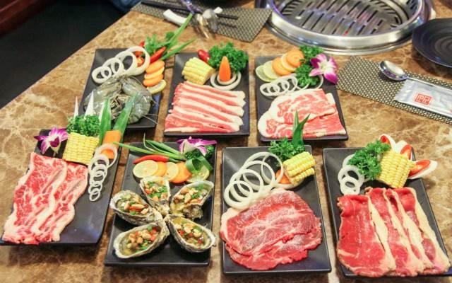 Đồ ăn ở Faifo Grill & Buffet Restaurant