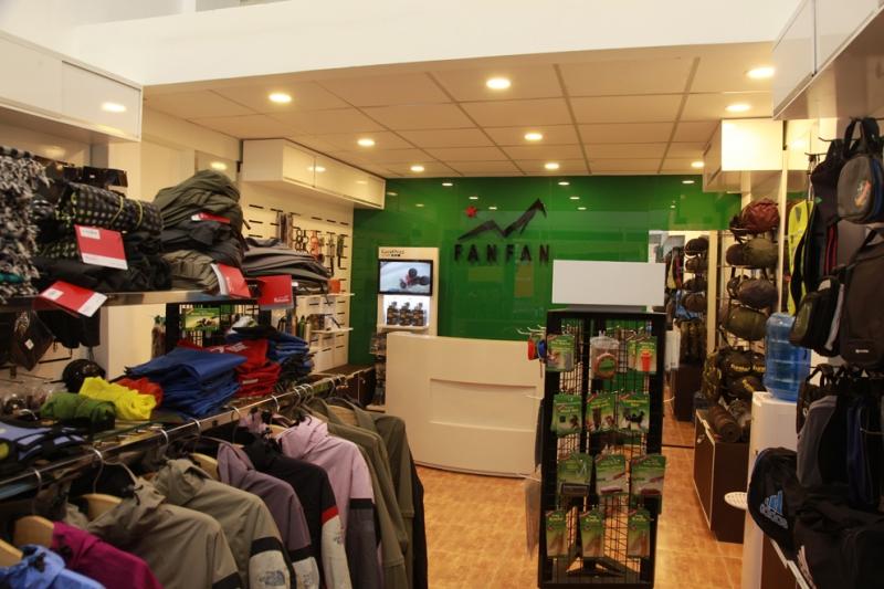 Fanfan's travel shop - shop phụ kiện mô tô xe máy uy tín nhất tại TP. HCM