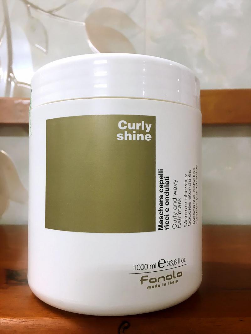 Fanola Curly Shine Hair Mask là một sản phẩm dưỡng tóc với công dụng 3 trong 1, được nhiều tín đồ làm đẹp chọn lựa và đồng hành.