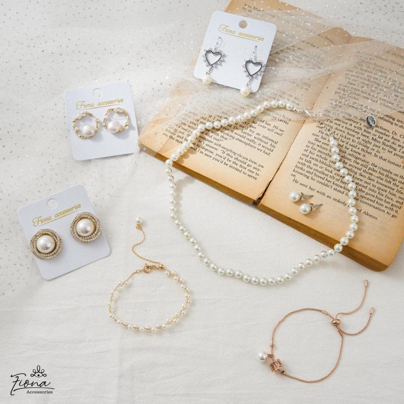 Fiona Accessories