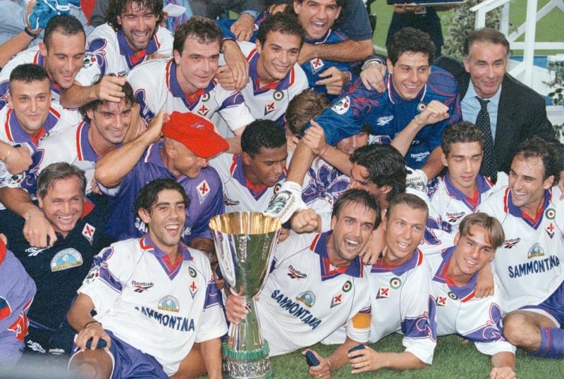 Đội vô địch năm 2001 là Fiorentina