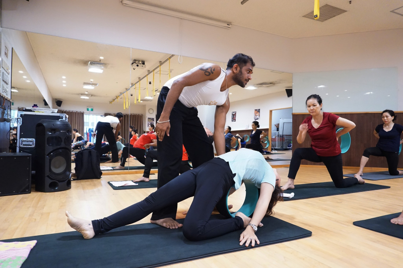 Fitness & Yoga Renaissance Japan