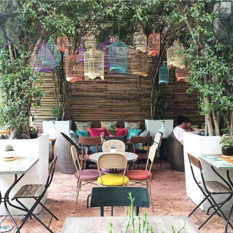 Fly Cupcake Garden Cafe