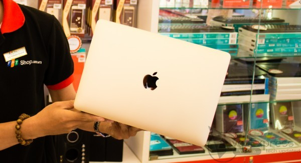 Mua Macbook tại FPTShop