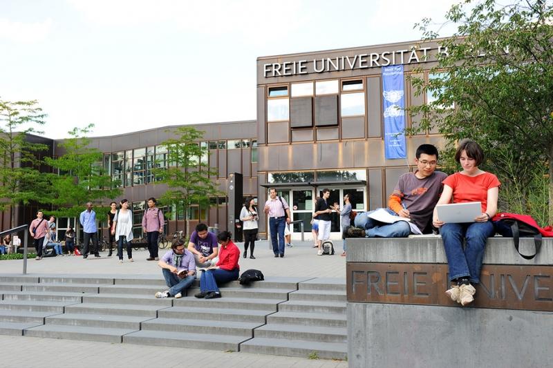 Trường đại học Free Berlin của Đức.