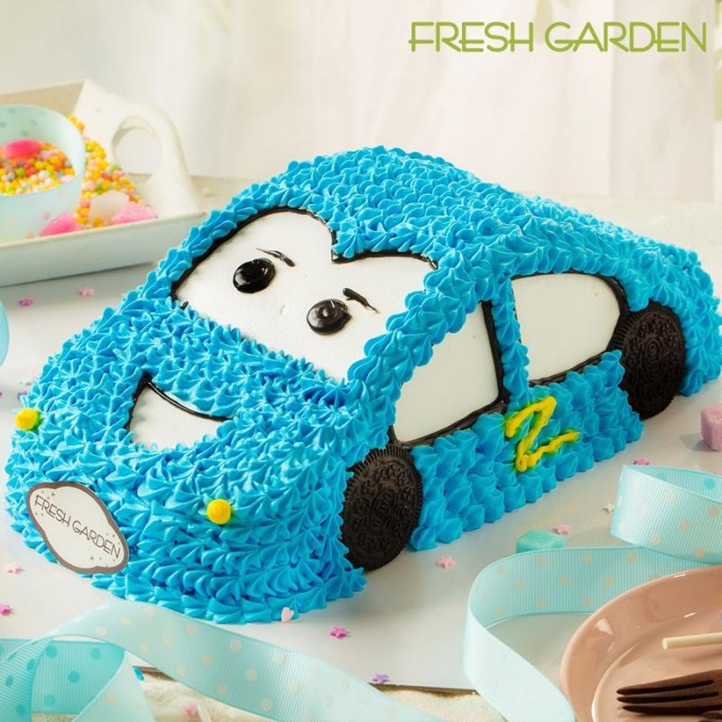 Bánh sinh nhật hình ô-tô cho bé