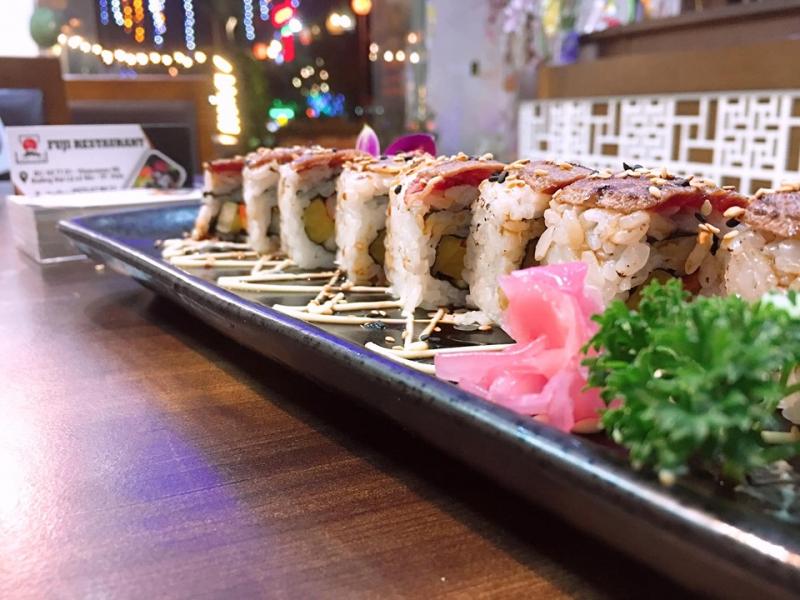 Sushi - món ăn được xem như là linh hồn của ẩm thực Nhật Bản.