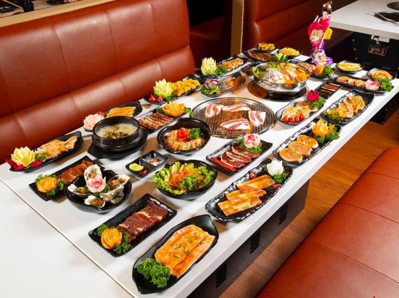 Đồ nướng rất ngon, đảm bảo độ tươi ngon của thịt, cách bày biện của cửa hàng rất chuyên nghiệp và bắt mắt
