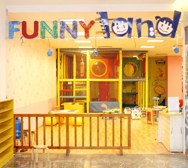 Không gian vui chơi cho bé thoáng đãng, sạch sẽ, an toàn