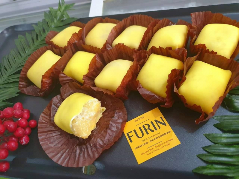 Những chiếc bánh Crepe được gói lại đẹp mắt