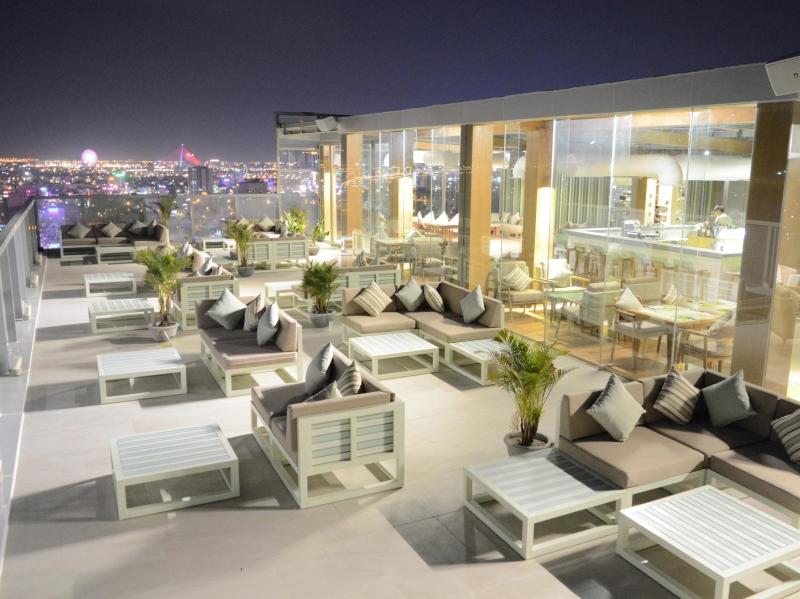 Và view đẹp không thể chê của Fusion Suites Danang Beach