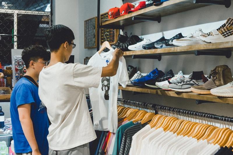 G-LAB được khá nhiều bạn trẻ lựa chọn để mua sắm