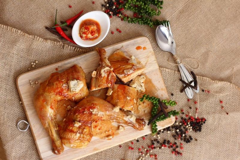 Món gà tại Gà Nướng Ò Ó O