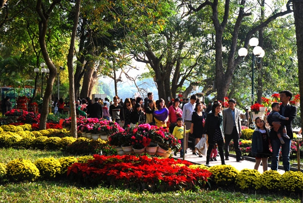 Hồ Hoàn Kiếm ngày Tết