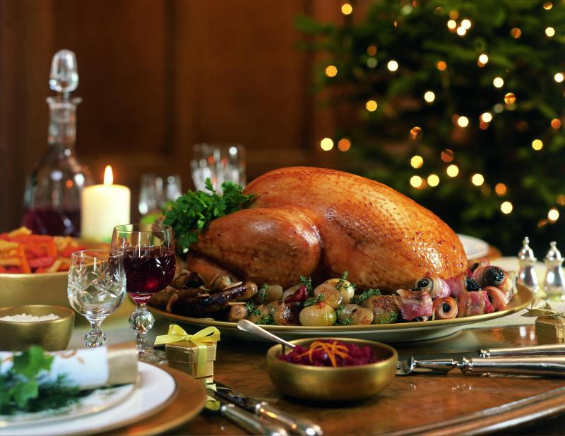 Gà tây là món ăn quan trọng nhất của tiệc Giáng sinh