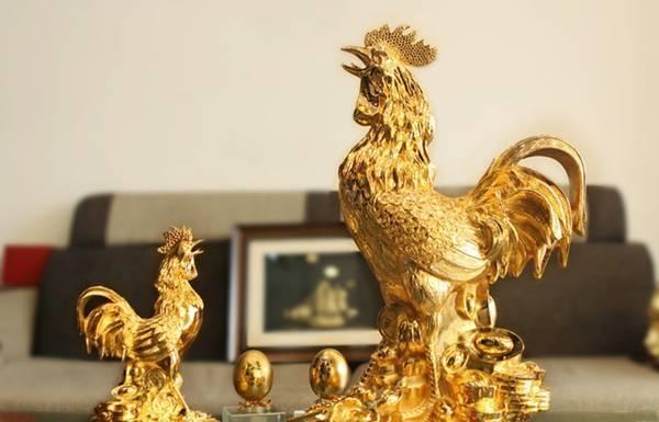 Tượng vàng gà trống