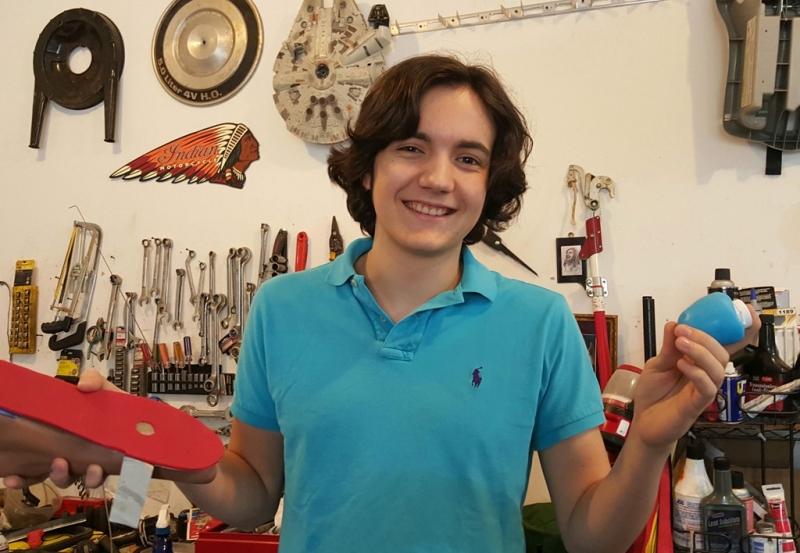 Cậu bé 15 tuổi Gabriel Mesa với những phát minh đặc biệt - Nguồn: Cnet