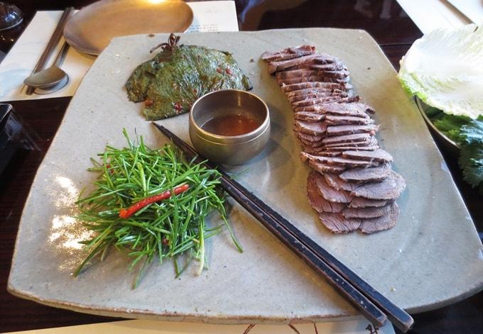 món ăn tại  Gae Hwa Oak