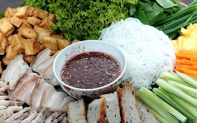 Gánh Bún Đậu - Lê Hồng Phong