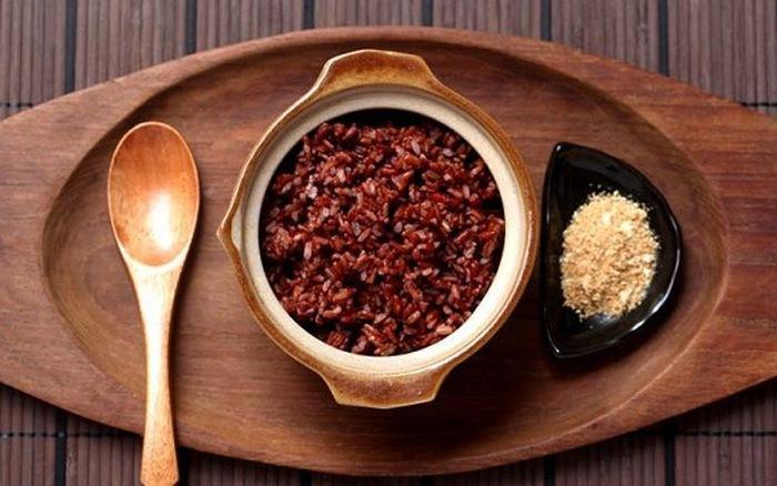 Cơm gạo lứt đỏ Điện Biên