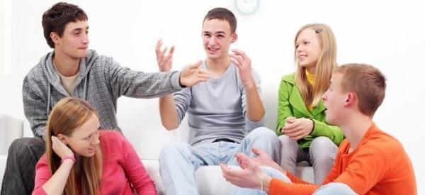 Gặp gỡ bạn bè sẽ giúp bạn giải tỏa stress cực hiệu quả!