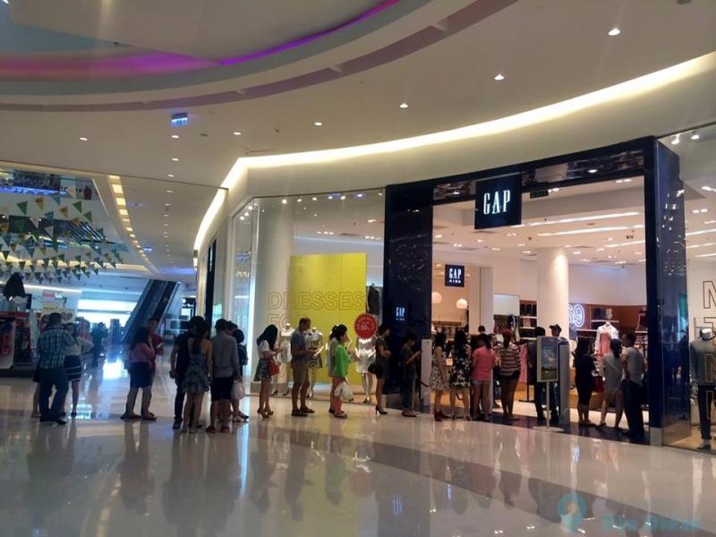 Cửa hàng GAP ở Crescent Mall - TP HCM