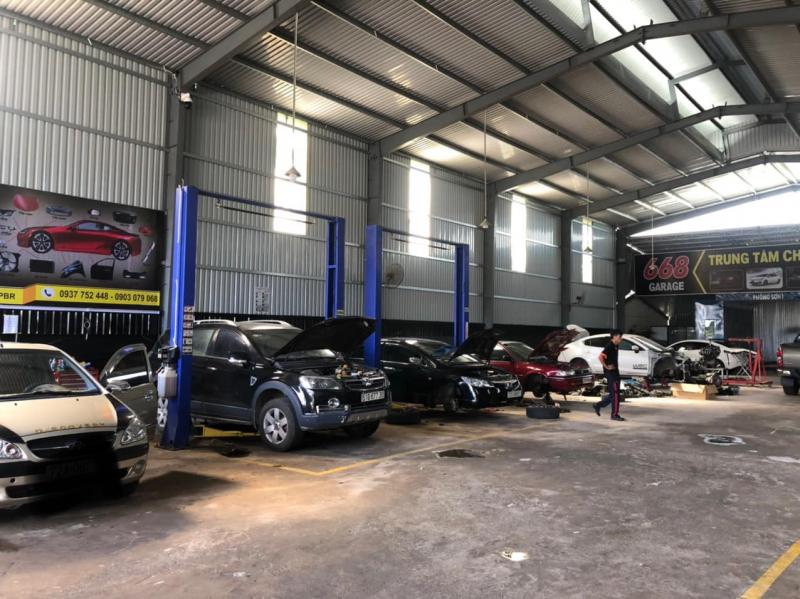 Garage 668